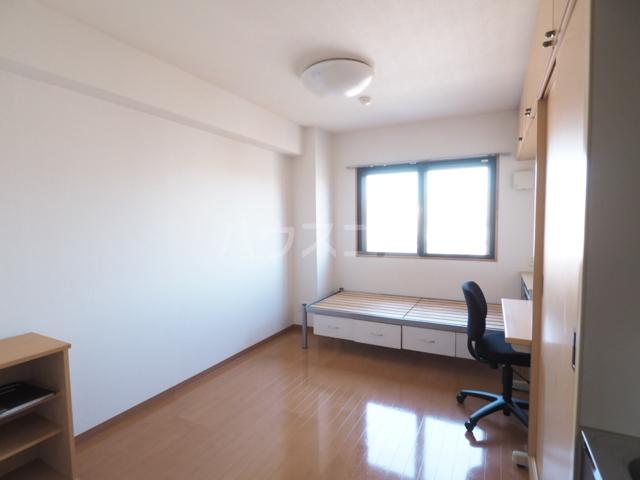 メゾンG.PRO 502号室のリビング