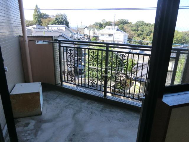 フラット桜ヶ丘 312号室の景色