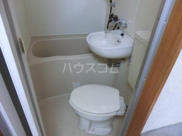 フラット桜ヶ丘 312号室の風呂