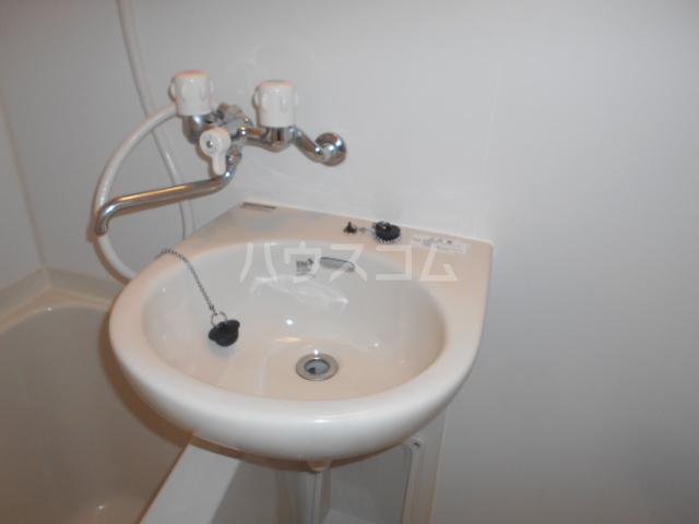 エトワール永山 402号室の洗面所