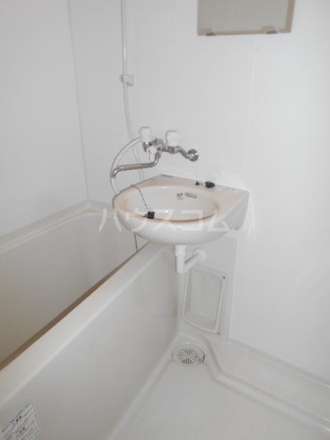 エトワール永山 402号室の風呂