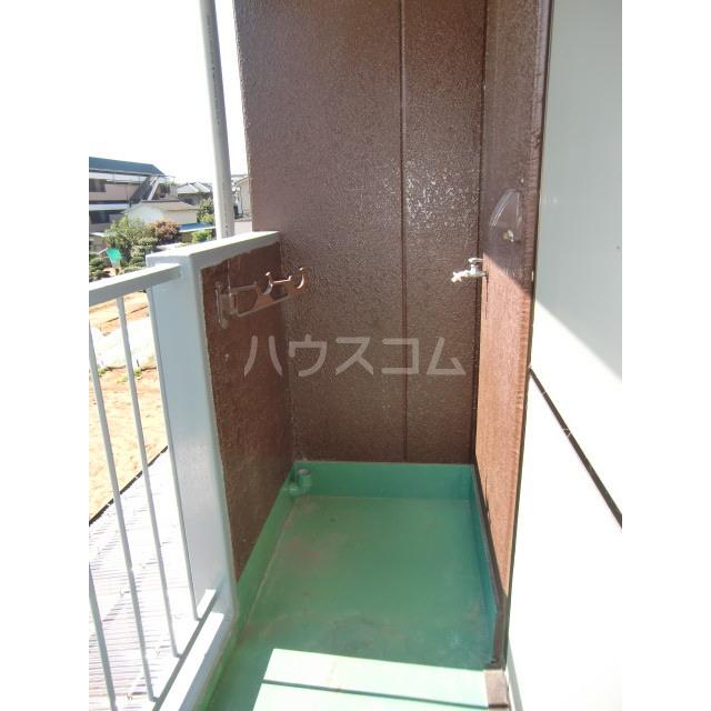 メゾン高幡 201号室の居室