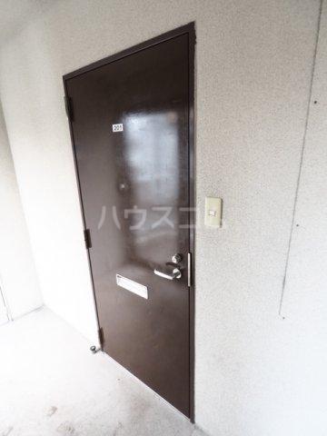 SUNRISE MANSION 201号室の玄関
