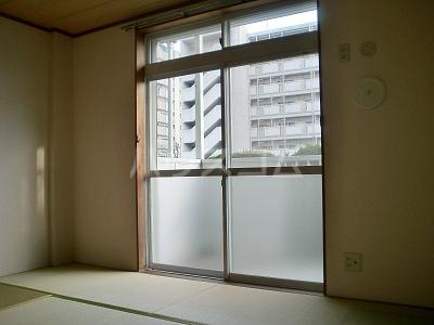 ニューシティ藪田 202号室のリビング