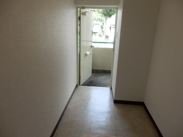 グリーンハイツ 201号室の玄関