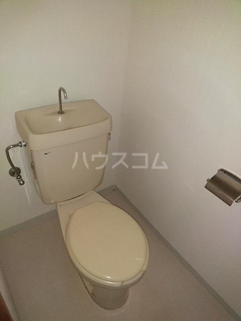 メゾンきたやま 102号室のトイレ
