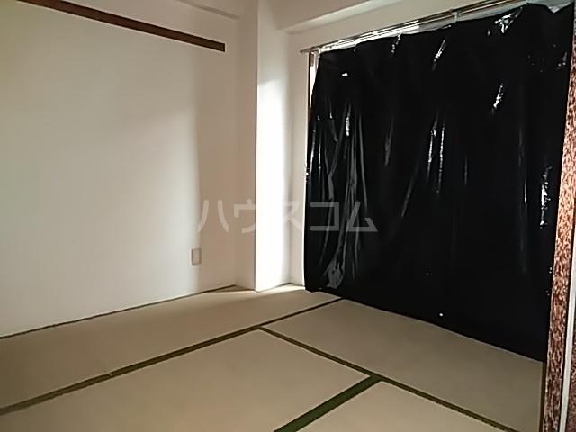 メゾンきたやま 102号室のベッドルーム