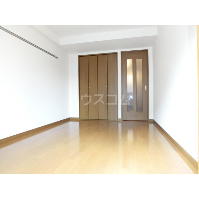 アネックス千寿 303号室の居室