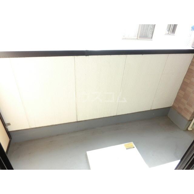 アネックス千寿 303号室のバルコニー