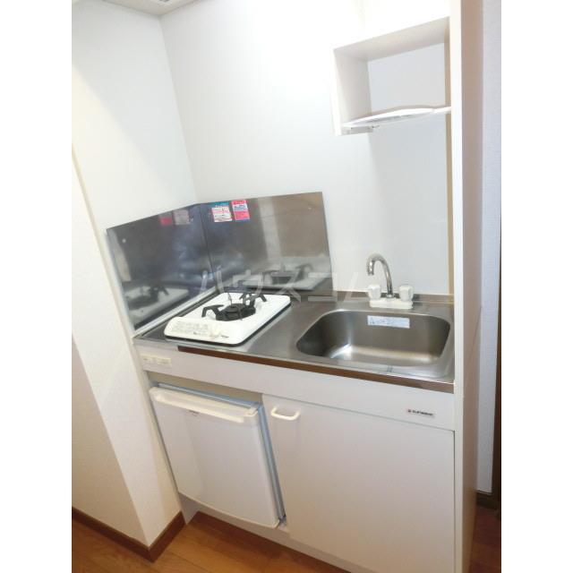 アネックス千寿 303号室のキッチン