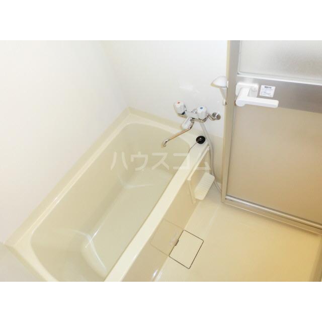 アネックス千寿 303号室の風呂