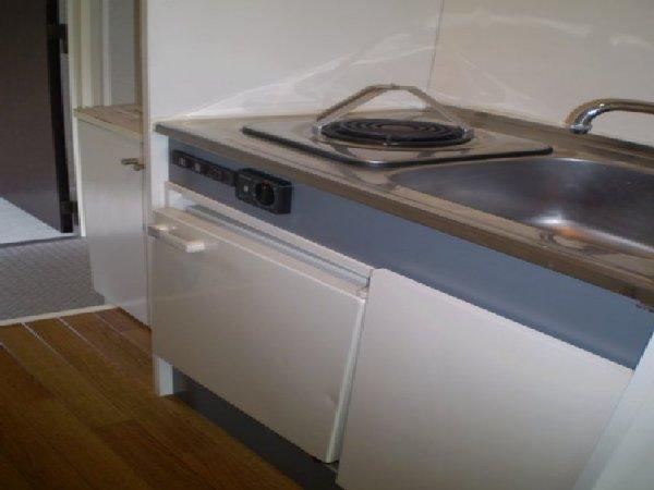 田邊ビル 301号室のキッチン