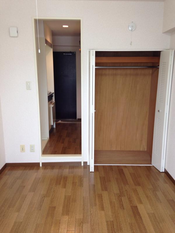 田邊ビル 301号室の収納
