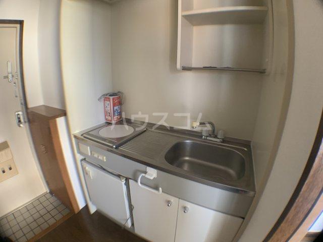 メゾン小山 301号室のキッチン