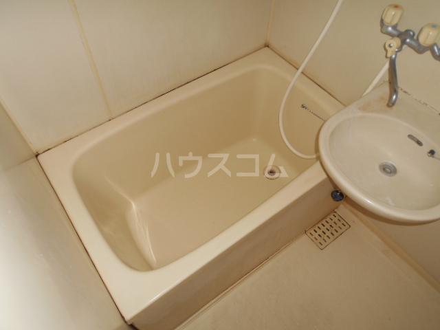 イーストコート大山寺 104号室の風呂