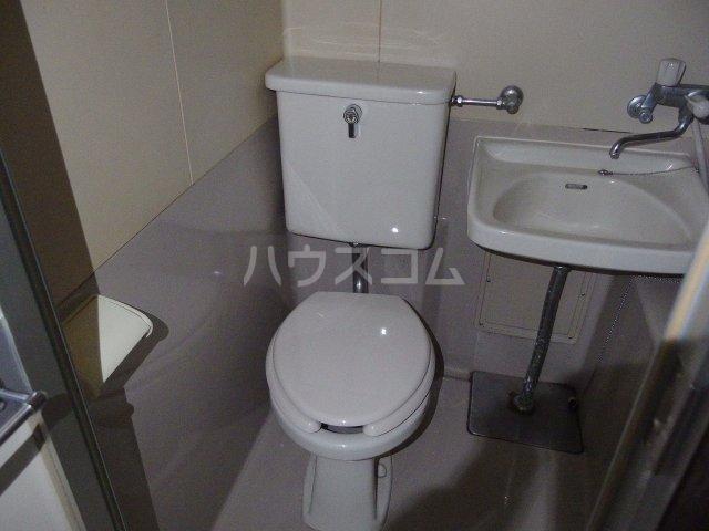 南平コーポ 303号室のトイレ