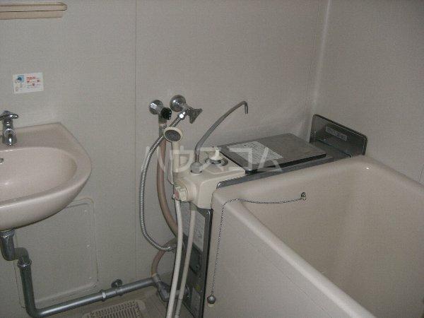 メゾンイチムラ 101号室の風呂