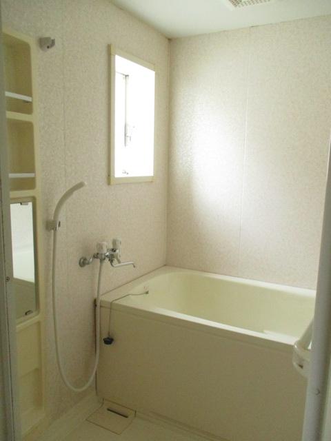 K'Sウイング 1B号室の風呂