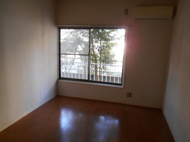 サンウッドメイツ85 205号室のリビング