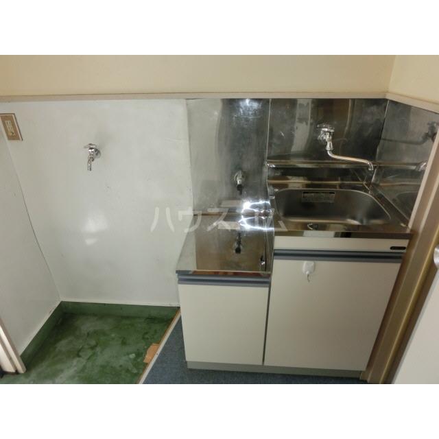 ハイムキタウラ 203号室のキッチン