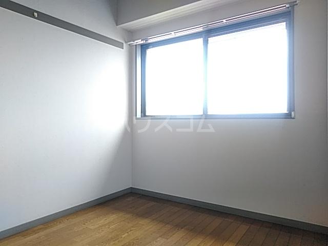 ハイメゾン橋本六 303号室の居室