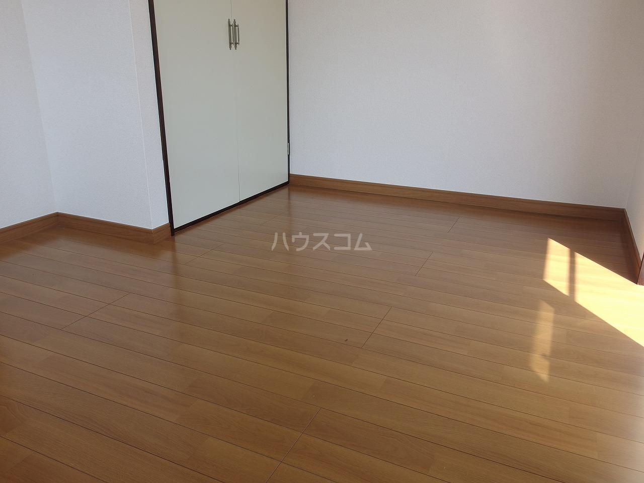 メゾンドールタイラⅡ 201号室の居室