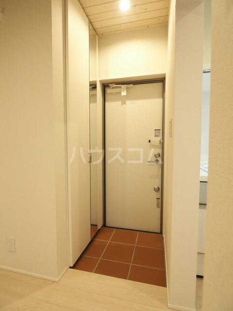 コレクション黒川 102号室の玄関