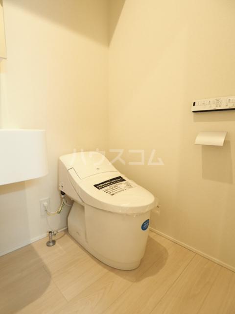 コレクション黒川 102号室のトイレ