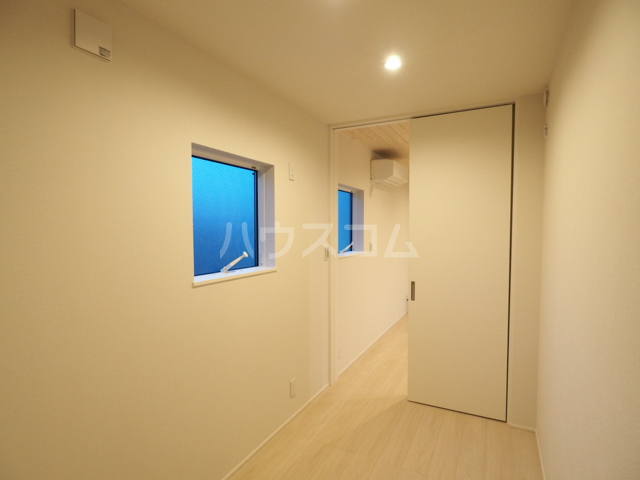 コレクション黒川 102号室の洗面所