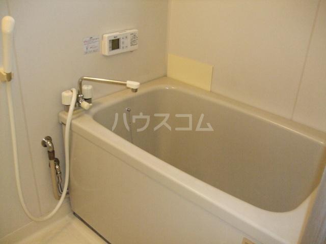 クレストハイツ 202号室の風呂