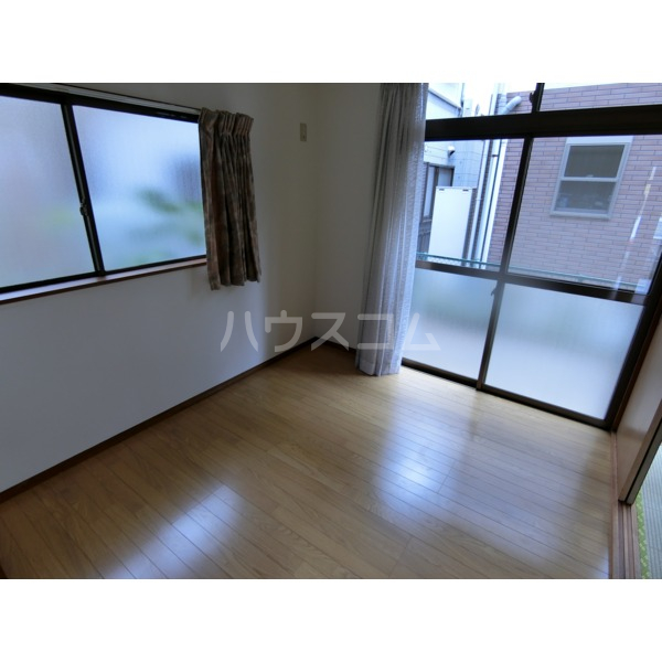 阿部アパート 101号室の居室