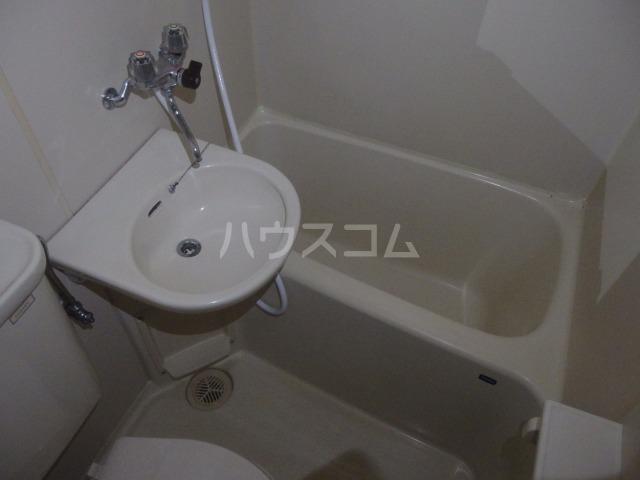 タナホーム山王下 301号室の風呂