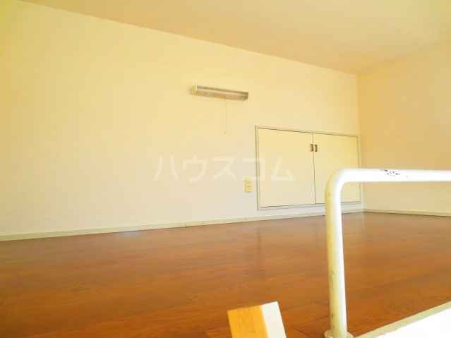 アートパレス上福岡 202号室の居室