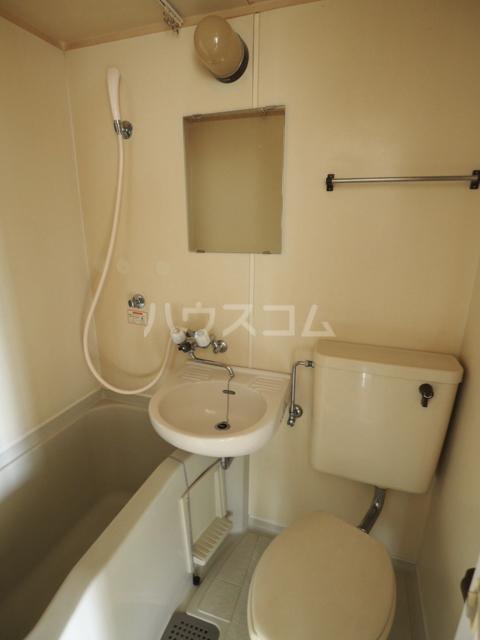 エスペランサ新守山 101号室の洗面所