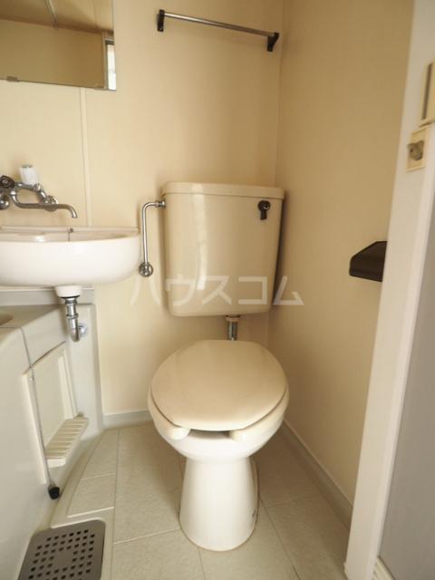エスペランサ新守山 101号室のトイレ