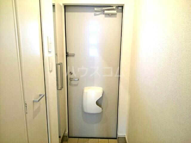 アンクリッシュⅡ 01020号室の玄関