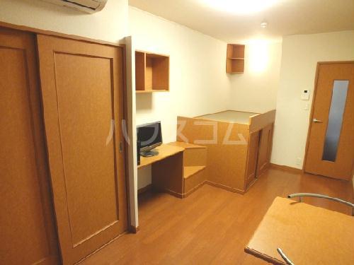 レオパレスSAKURA 109号室の居室