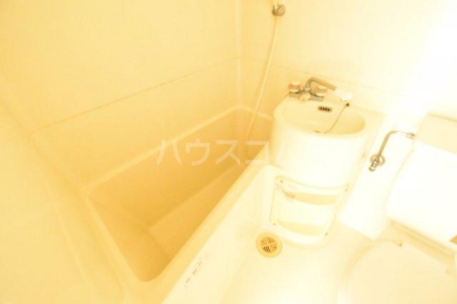 エクセレントハイム 204号室の風呂