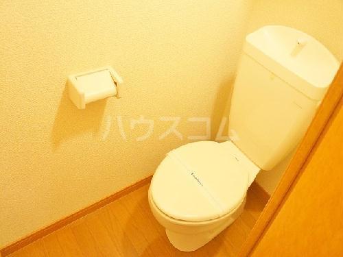 レオパレスサンカトレア 102号室のトイレ