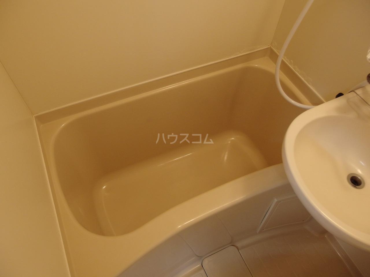 クロノス日野南 105号室の風呂