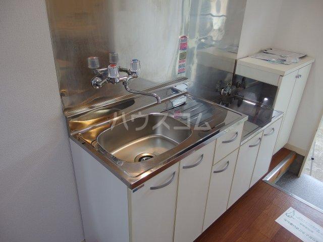 クロノス日野南 105号室のキッチン
