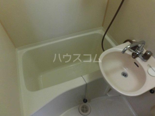 セントジュエル 201号室の風呂