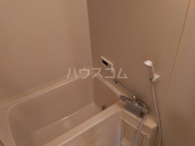 サープラスThree石黒A棟 201号室の風呂