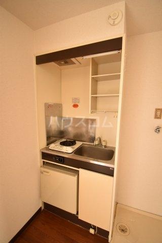 グランモア若葉 101号室のキッチン
