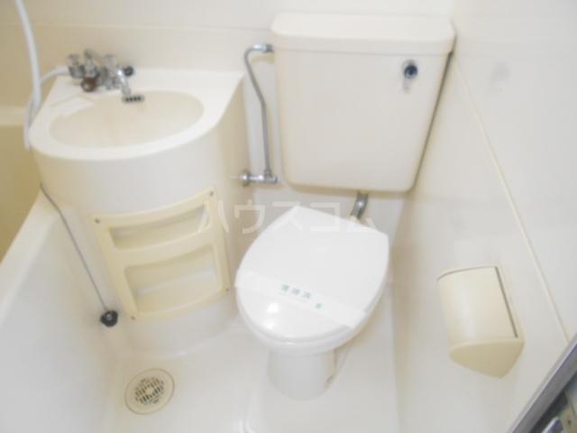 ストークレジデンス・ナカザワ 105号室のトイレ