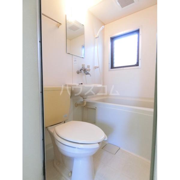 ガーデニアヒルズ 303号室のトイレ