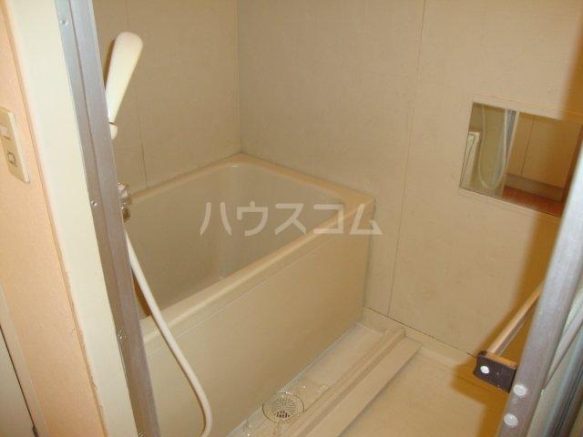 タクミハイツ93 102号室の風呂