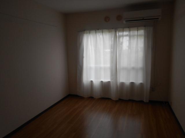 コーポ竹之内A 101号室のリビング