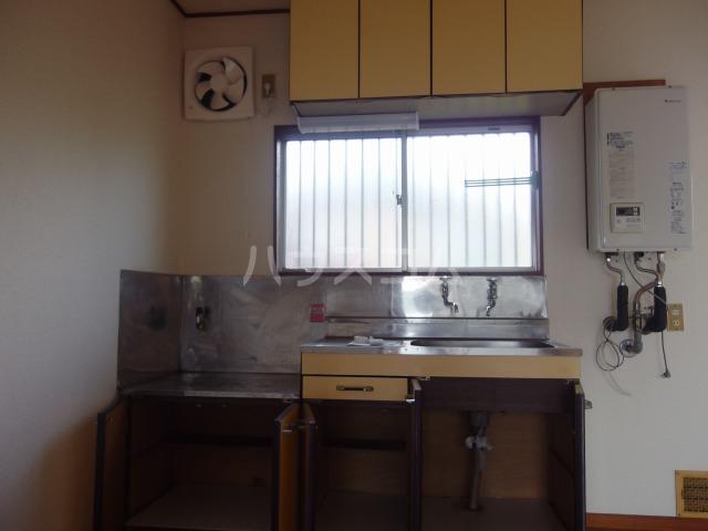 コーポ吉田 101号室のキッチン