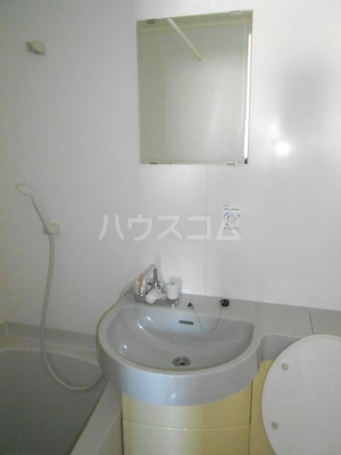 高蔵寺ビル 301号室の洗面所